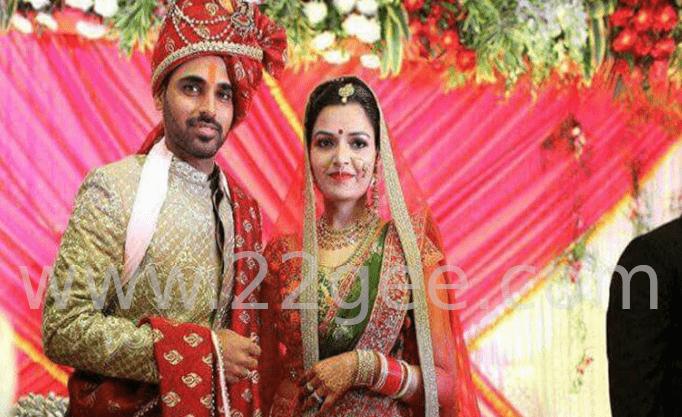 Crickter Bhuvaneshwar married to Nupur