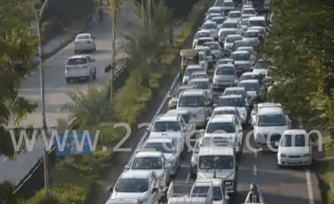 Traffic jammed for 5 hours on Mohali Airport Road